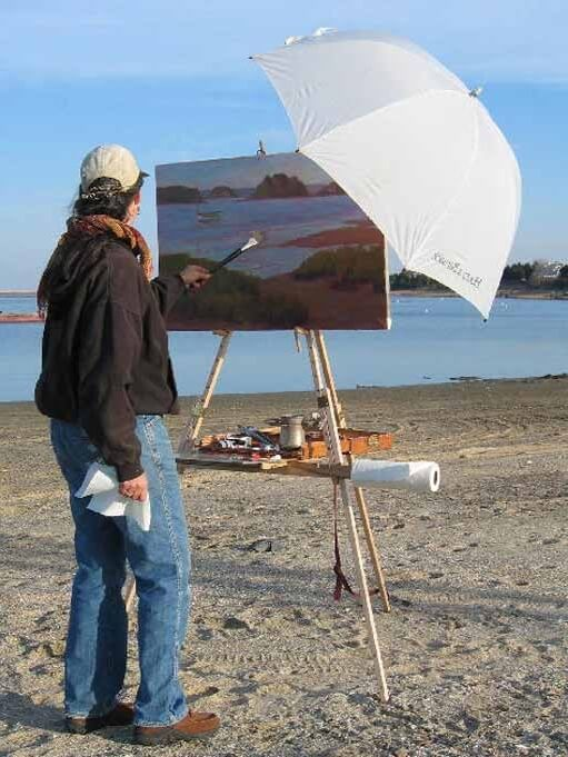 Rosalie Nadeau, oil painting en plein air with her Take It Easel, standing